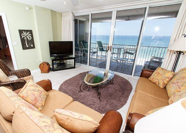 Living Room - IP 707, Top floor,amazing view,free WiFi, comfy furnishings, garage parking - Fort Walton Beach - rentals