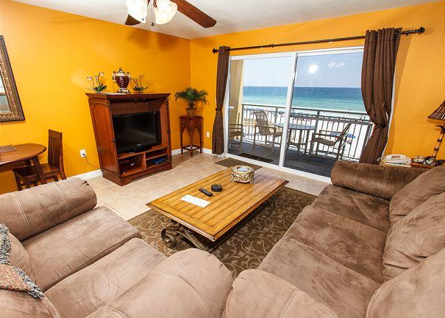 Living Room - PI 305: Amazing 3rd floor unit with cozy furnishings and WiFi,Free Beach Svc - Fort Walton Beach - rentals