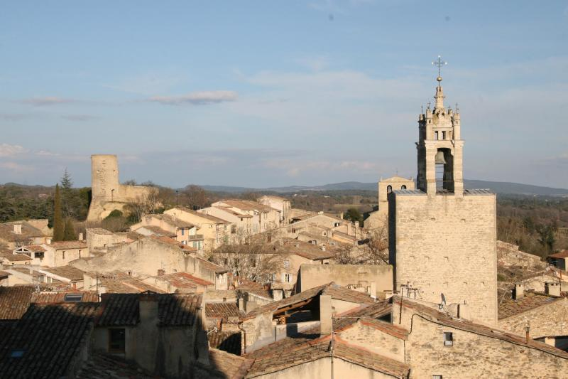 The charming Luberon village of Cucuron, view from the Castle grounds to the clock tower - Le Point  - Charming south Luberon village house - Cucuron - rentals