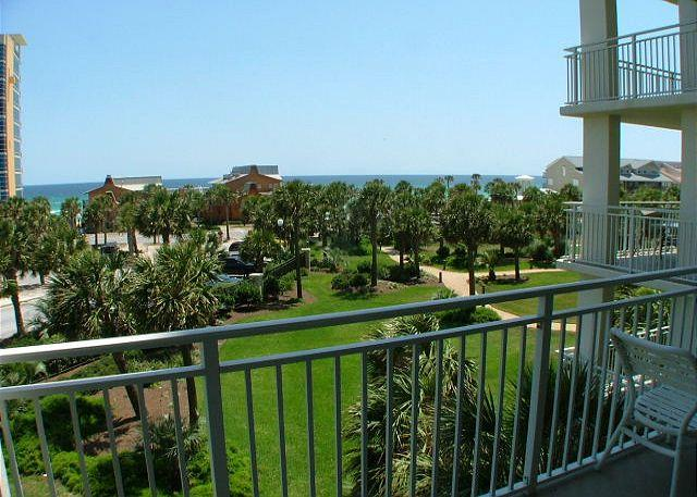 Balcony View - BEACHVIEWS & LUXURY! BEST SPOT IN DESTIN! TAKE 15% OFF ALL AUG/SEPT DATES! - Destin - rentals