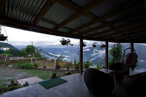 View from the deck facing the valley - Emerald Trail, Bhimtal - Nainital - rentals