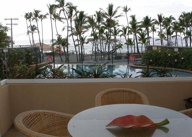 Direct view of Kahaluu Beach from your lania, living room, and b - #KBV102 - Kahalu'u Beach Villas 102 - Kailua-Kona - rentals