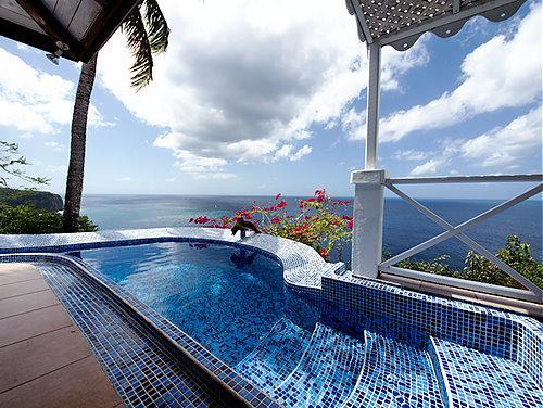 Wide angle pool and view - The Caribbean Blue Suite - perfect horizon views - Marigot Bay - rentals