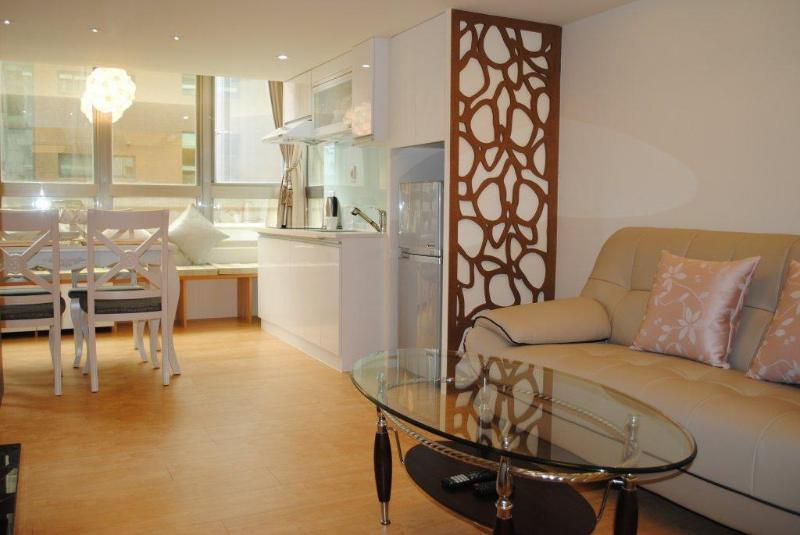 Apartment 424 Garden View Elegant - Nice serviced apartment ideal for family & Friends - Taipei - rentals