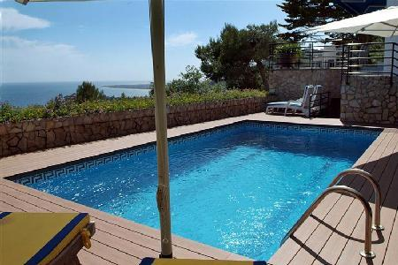 Villa Mediterranea offers spacious oceanfront accommodations & access to resort facilities - Image 1 - Blanes - rentals