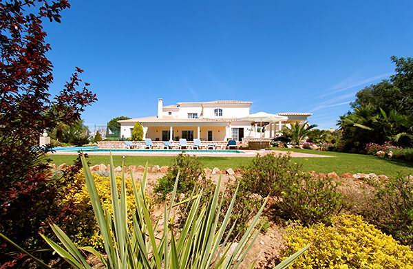 5 Bed 4 bath Luxury Villa Heated  Pool A/C Wi Fi - Image 1 - Carvoeiro - rentals