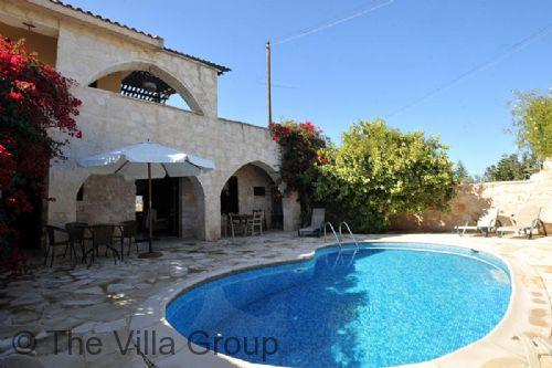 Lovely House with 3 Bedroom & 1 Bathroom in Paphos (Villa 464) - Image 1 - Neo Chorion - rentals