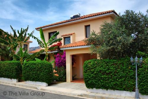Wonderful House with 4 BR, 2 BA in Oroklini (Oroklini 4 BR/2 BA House (Villa 3035)) - Image 1 - Oroklini - rentals