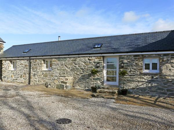 THE STABLES, pet friendly, with open fire in Newborough, Ref 3838 - Image 1 - Newborough - rentals