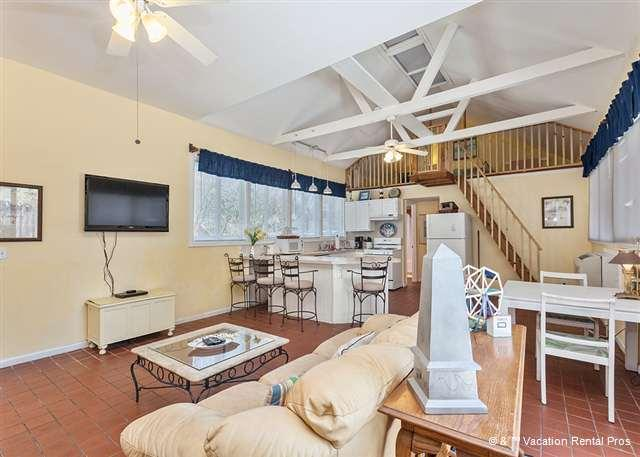 Make yourself comfortable in our bright living room. - Lightkeepers Cottage, wifi, St Augustine Beach FL - Saint Augustine - rentals