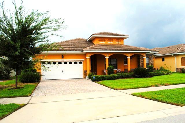 Exterior - 5-Bedroom Platinum Star Home Near Disney - Kissimmee - rentals