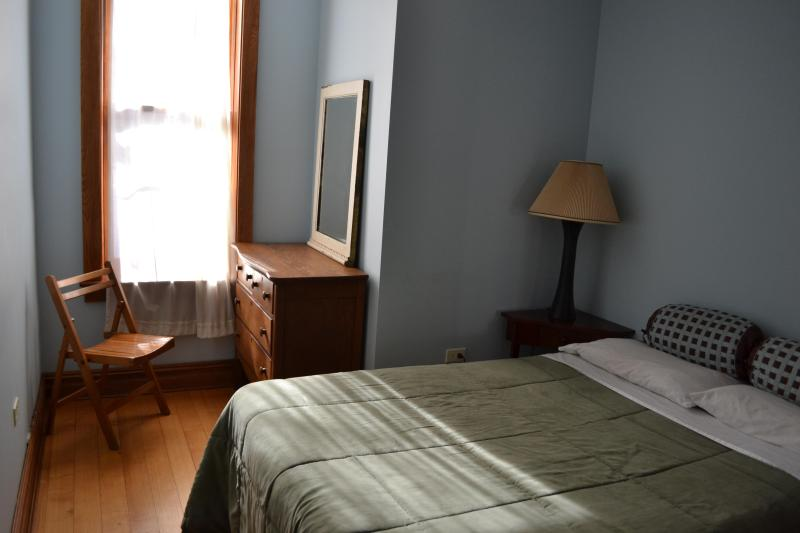 bedroom 2 - 2 Bdrm Brownstone Home in Harlem, Manhattan - Manhattan - rentals