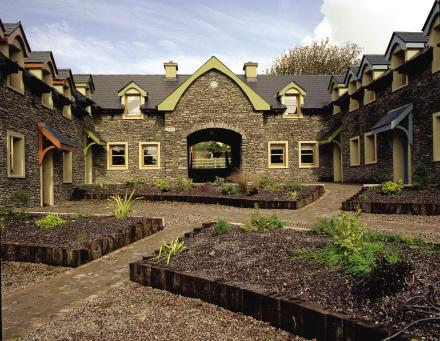 Dingle Courtyard Cottages (4 Bed) - Image 1 - Dingle - rentals