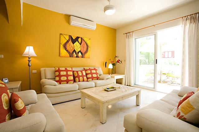 Large, spacious and light living area - CONDO ALI - spacious 2 level condo on 5th! - Playa del Carmen - rentals