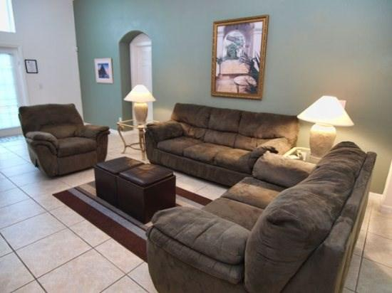 Living Area - IC5P2589OL 5 BR Pool Home Well-fitted and Spacious - Four Corners - rentals