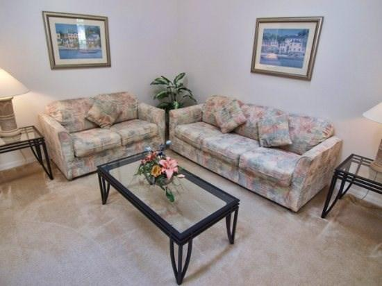 Living Area - HL3P111BD 3 BR Private Pool Home - Pet Friendly and with Hi-Speed Internet - Davenport - rentals