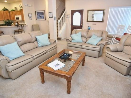 Living Area - HG4P16606LBL 4 BR Large Vacation Home With Exquisite Pool Area - Four Corners - rentals