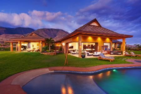 Elegant Bali Hale boasts island views, fruit orchards, pool, jacuzzi & minutes to town - Image 1 - Lahaina - rentals