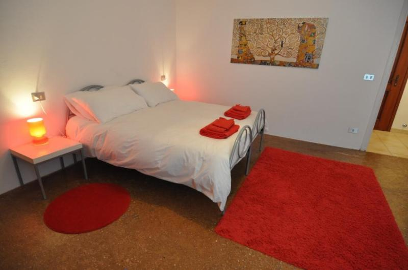 Main Bedroom 1 - Your apartment in Venice at 200 mt from San Marco - Venice - rentals