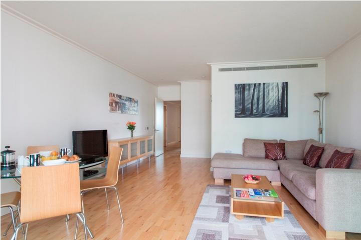 South Quay 2Bed Apartments with Gym & Pool - Image 1 - London - rentals