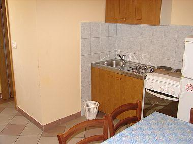 A1(4+1): kitchen and dining room - 003TROG A1(4+1) - Trogir - Trogir - rentals