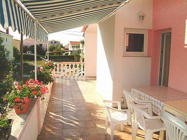A3(6): covered terrace - 00918NIN A3(6) - Nin - Nin - rentals
