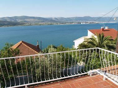 H(6+2): terrace view (house and surroundings) - 0512ARBA  H(6+2) - Mastrinka - Mastrinka - rentals