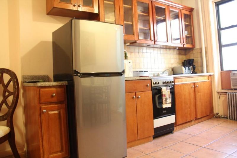 Beautifull Apt @ 86th St & 1st Ave- 2 bed/1 bath - Image 1 - Manhattan - rentals