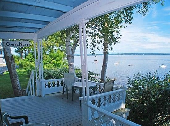 The Crows Nest enjoys open panoramic views of Penobscot Bay - CROWS NEST - Town of Northport - Bayside Village - Northport - rentals