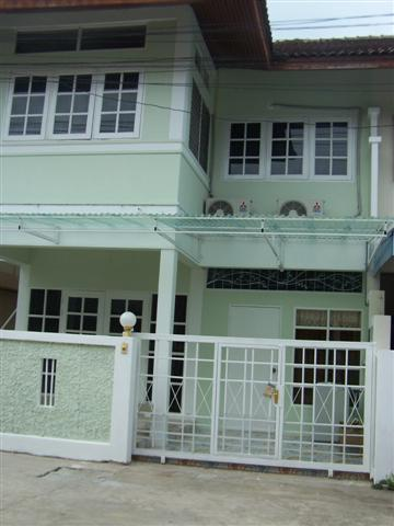 Townhouses for rent in Hua Hin: T0018 - Image 1 - Hua Hin - rentals