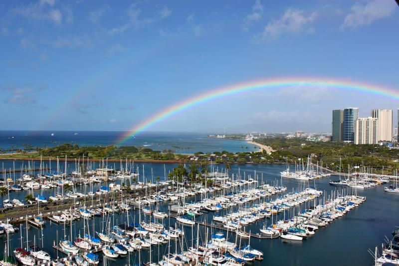 Rainbow from Penthouse Paradise's  Lanai - Penthouse Paradise stay in a work of Art! - Honolulu - rentals