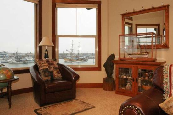 Ships in and out...Beautiful - #304/1 - Top Floor Harborfront Home - Westport - rentals