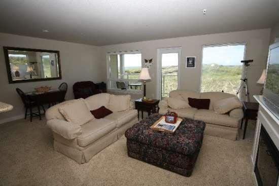 Beautiful inside and out - #928 - GREAT PRICE - Dynamic Northwesterly Ocean and Jetty View - Westport - rentals