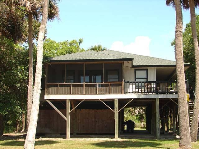 "403 Pompano St  - ""Smith House"" - Image 1 - Edisto Beach - rentals"