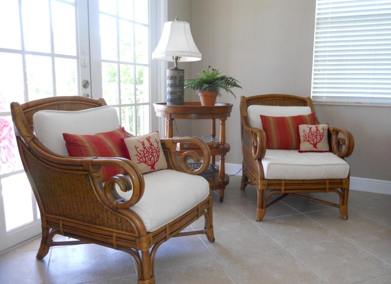 Relax with a book! - A TRUE Beauty with Great Gulf Views! - Fort Myers Beach - rentals