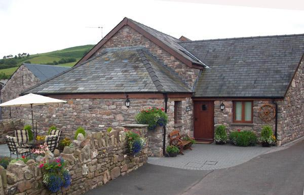 Bailea coach house front - Bailea Coach House Cottage - Brecon - rentals