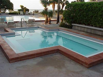 1800 Atlantic Poll & Jacuzzi - 2 Bedroom Garden-view 1800 Atlantic Key West- A205 - Key West - rentals