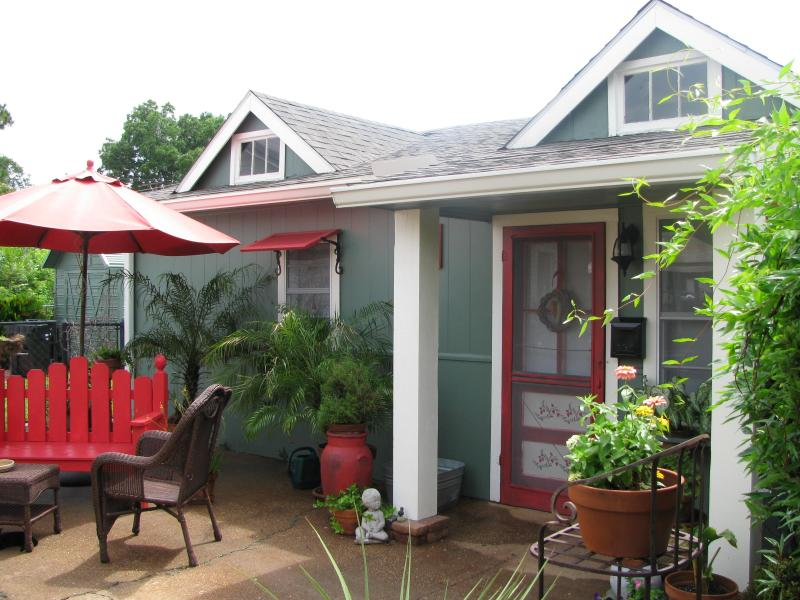 Apartment A, A Bed and Breakfast Cottage - Image 1 - Abbeville - rentals