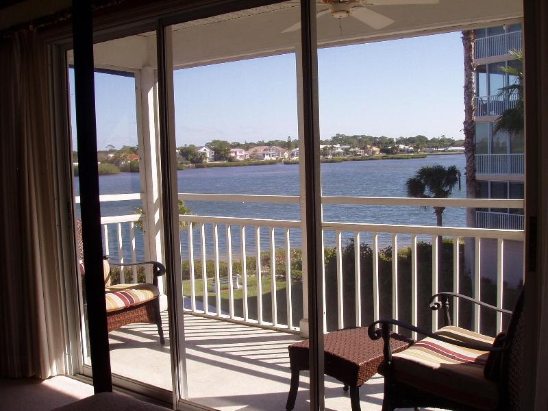 Wake up to this view from bed - Master Bedroom screened in Balcony - Bay Views - Beautifully Updated! on Siesta Key - Siesta Key - rentals