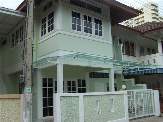 Townhouses for rent in Hua Hin: T0020 - Image 1 - Hua Hin - rentals