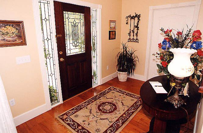 FOYER 25A - The Old Parsonage Guest House - Seabrook - rentals