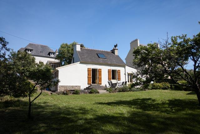 House and garden - Spacious family holiday home in seaside town - Camaret-sur-Mer - rentals