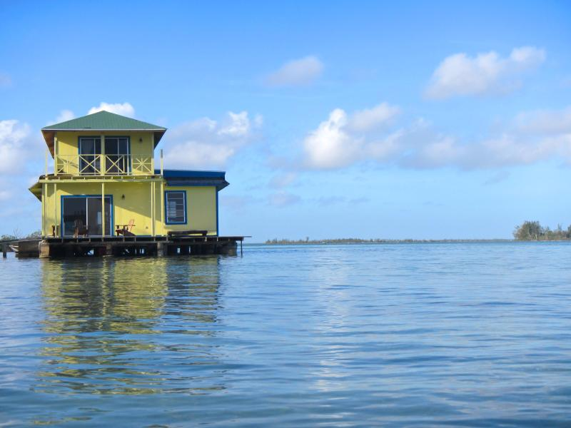 Sunset Point Houseboat - Sunset Point Houseboat, Andros, Bahamas - Andros - rentals
