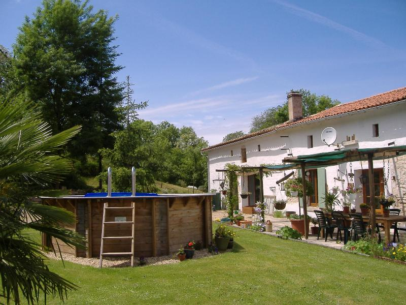 Outside - La Forge Retreats - La Rochelle - rentals