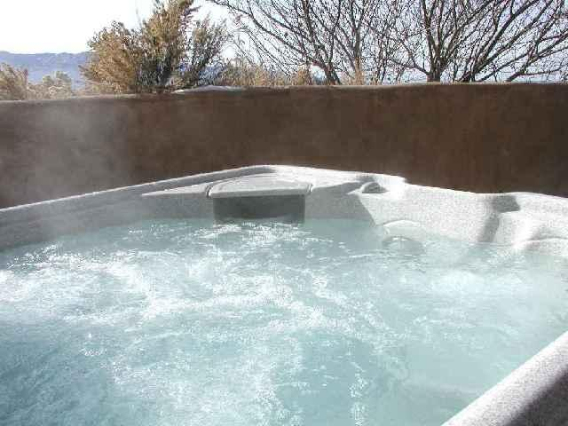Prvate hot tub and mountain views - Taos House - Taos - rentals
