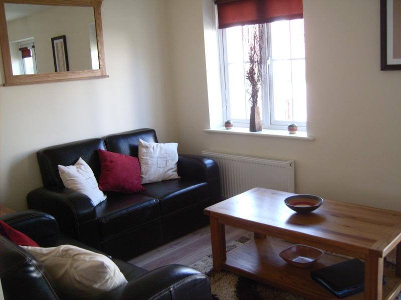 Lounge to window 3 - Serendipity Filey - A Real Home For Your Holidays - Filey - rentals