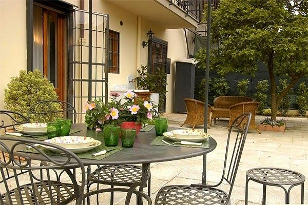 2- level apartment in Florence, near the Arno River. BRV PAO - Image 1 - Florence - rentals