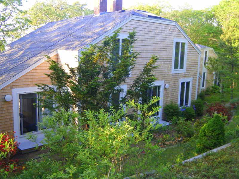 Front of House - HAUCJ - West Tisbury - rentals