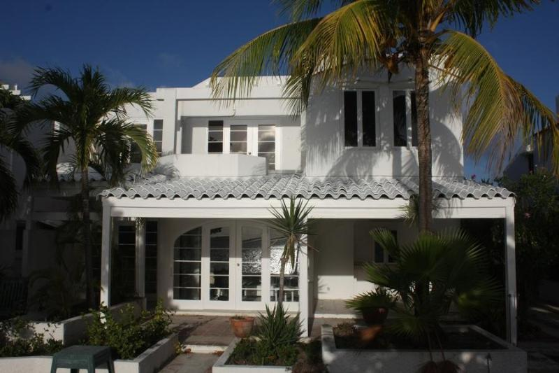 Casa de Sal - Fipkey's Best & Top  Rental Award 2012 Winner - Bonaire - rentals