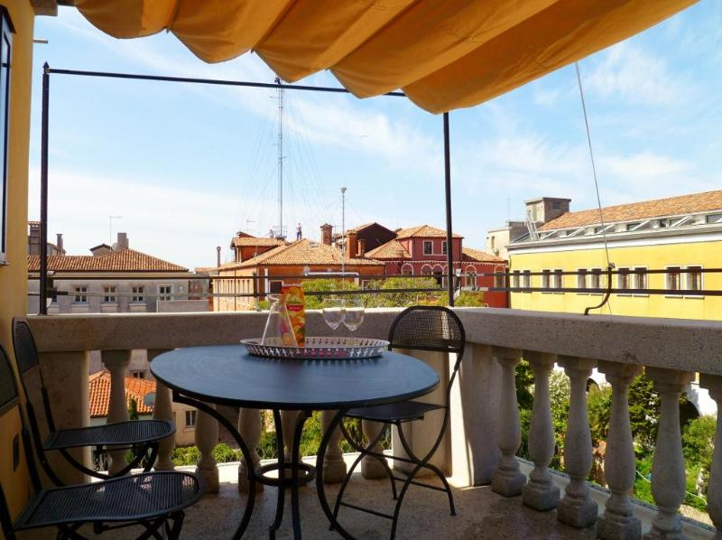 Ognissanti Palace, canal view, private terrace - Image 1 - Venice - rentals